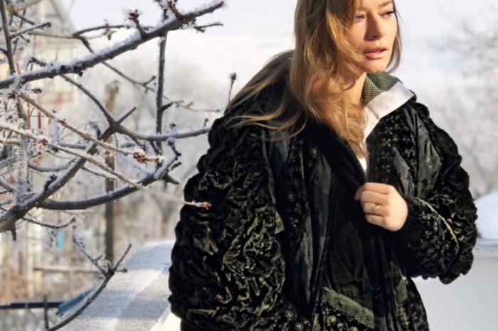 Laura Cosoi se imbraca de la second-hand. Si-a cumparat o haina pentru care fanii i-au vorbit urat