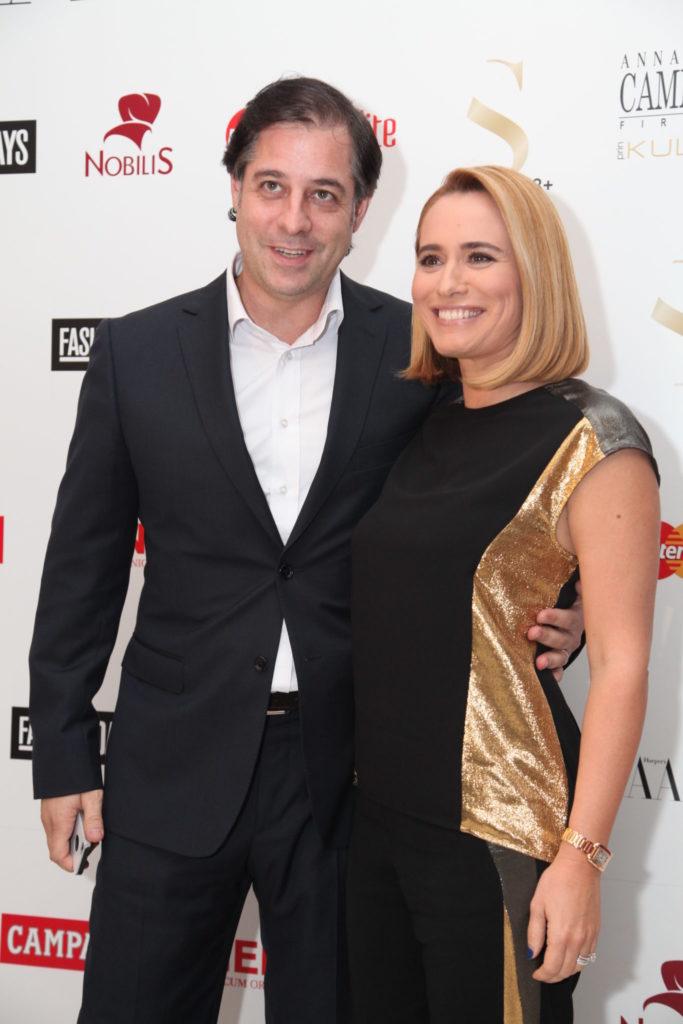 Andreea Esca si Alexandre Eram sunt casatoriti din anul 2000.