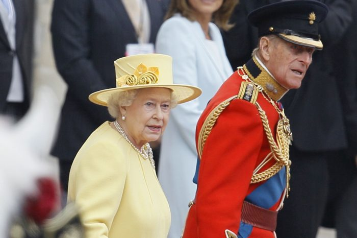 Regina Elisabeta a II-a a implinit 91 de ani. Cum se desfasoara o petrecere la Palat si de ce aceasta alege sa-si aniverseze de doua ori ziua de nastere