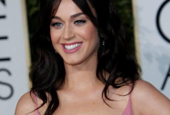 Katy Perry si-a schimbat look-ul. Cum arata acum vedeta!