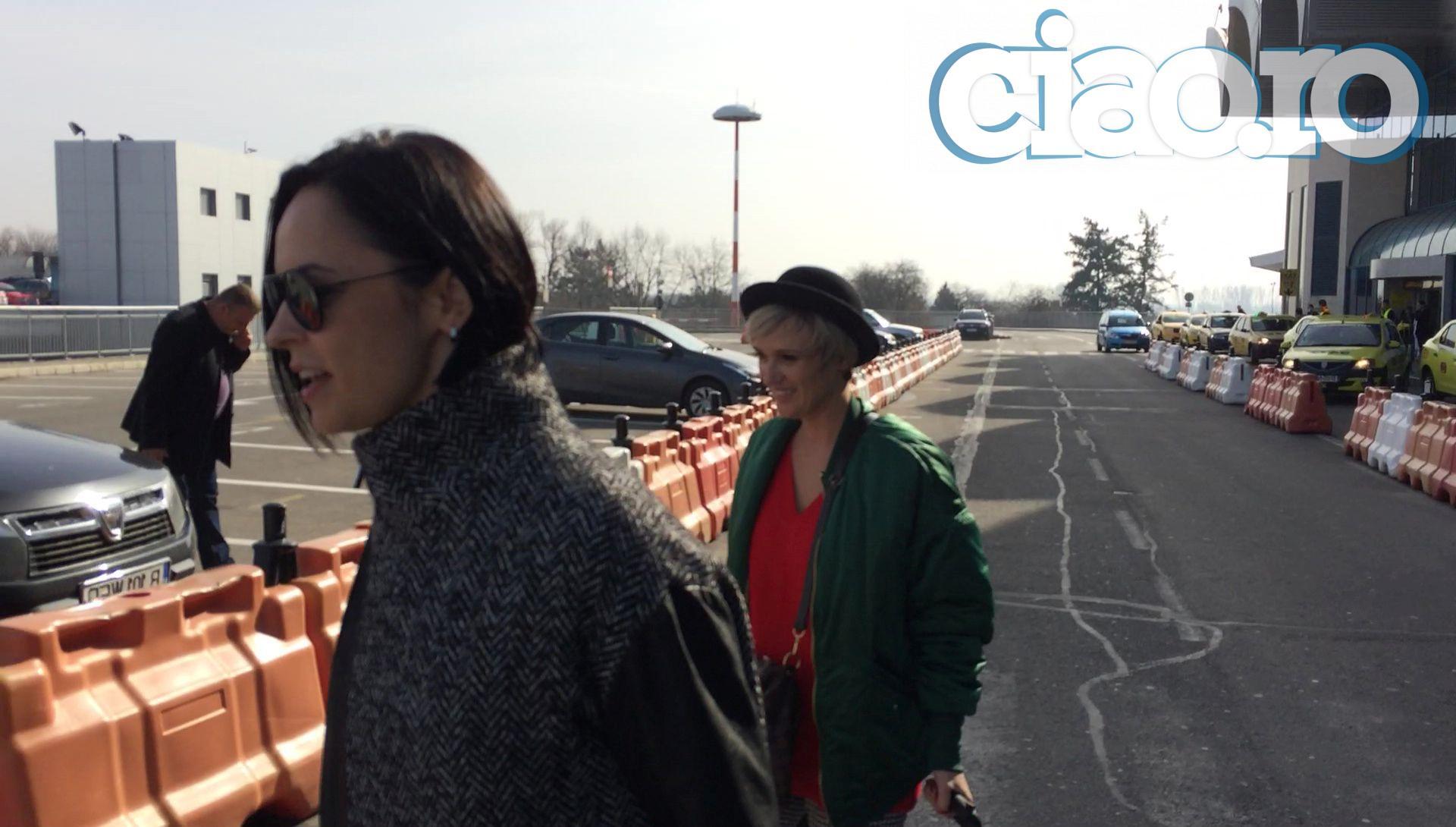 Andreea Marin si Carmen Negoita au plecat impreuna de la aeroport
