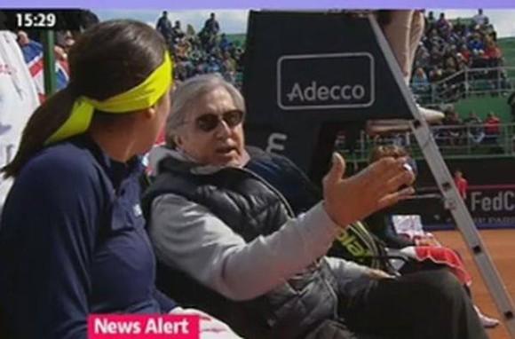 Ilie Nastase a fost evacuat de la meciul din Fed Cup al Soranei Cirstea! Ce s-a intamplat pe teren VIDEO