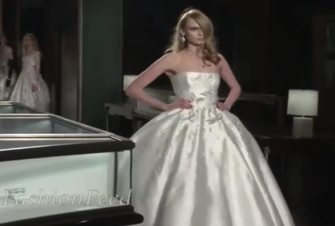 Asa arata cea mai extravaganta rochie de mireasa din lume! Ce pret exorbitant are si din ce este confectionata VIDEO