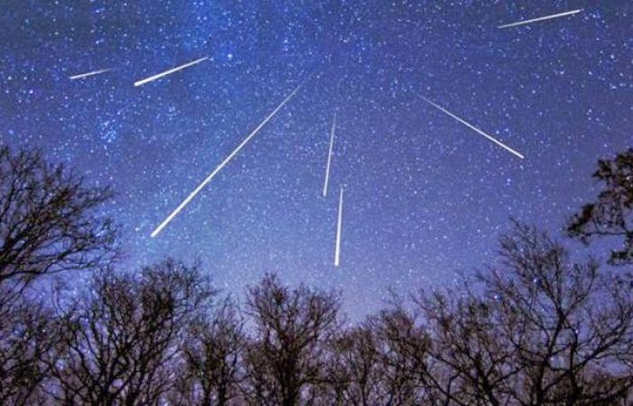 Perseidele, ''ploaia de stele cazatoare''! Imagini spectaculoase cu fenomenul astronomic unic, care a aprins cerul