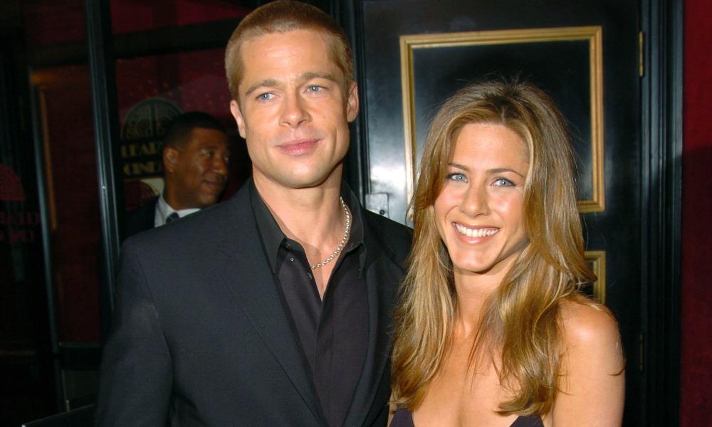 Brad Pitt s-a impacat cu Jennifer Aniston