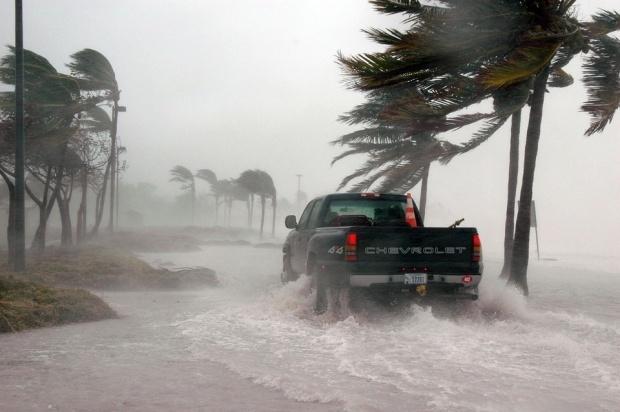 Zgomotul sinistru din timpul uraganului Irma! Oamenii au crezut ca vine sfarsitul lumii VIDEO TERIFIANT