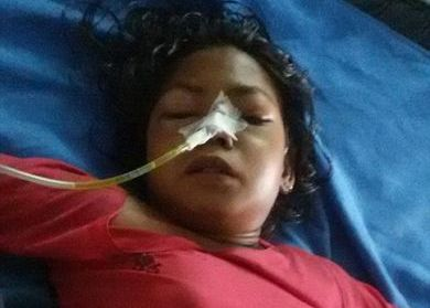 A ajuns de urgenta la spital cu dureri abdominale groaznice. Ce au scos medicii din stomacul fetei