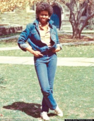 Michelle Obama a fost un copil care a stiut ca doar scoala o poate scapa de saracie