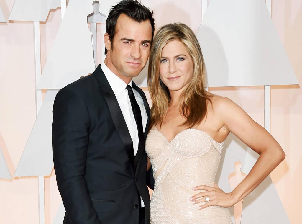 Celebra actrita Jennifer Aniston a anuntat ca divorteaza