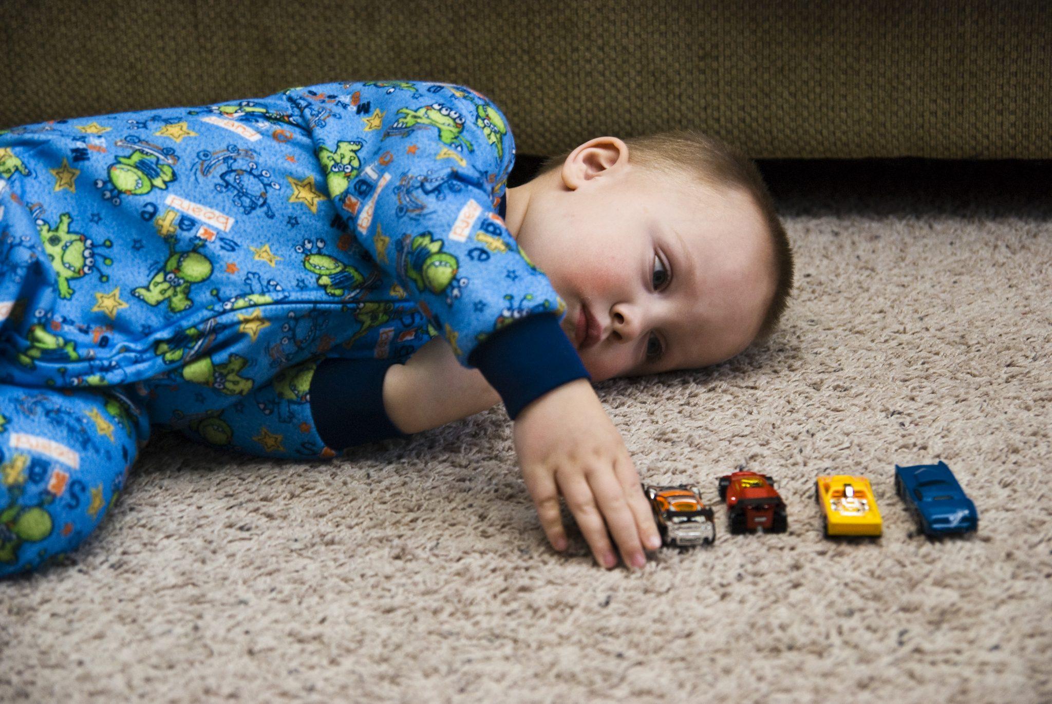 De ce se imbolnavesc copiii de autism