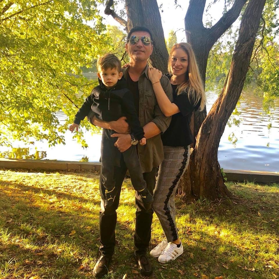 Cristi Borcea sustine ca va ramane toata viata cu Valentina Pelinel.