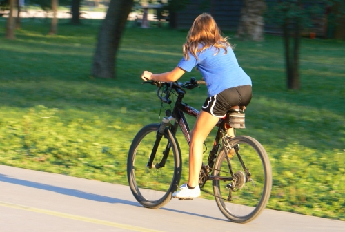 Inghetata, bere si bilete la cinema pentru oamenii care aleg sa mearga cu bicicleta