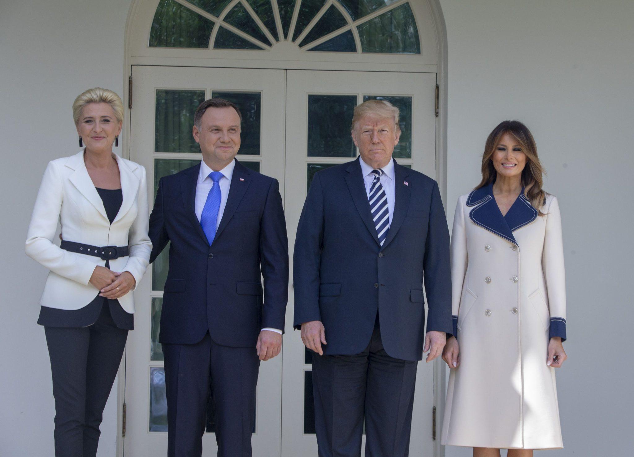Melania Trump respinge zvonurile privind infidelităţile lui Donald Trump