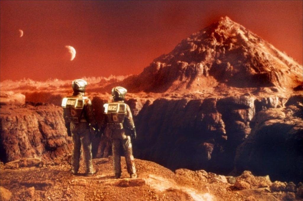 Elon Musk a anuntat ca se muta pe planeta Marte