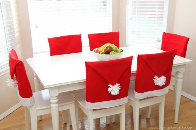 Decoratiuni handmade de Craciun - scaune Mos Craciun