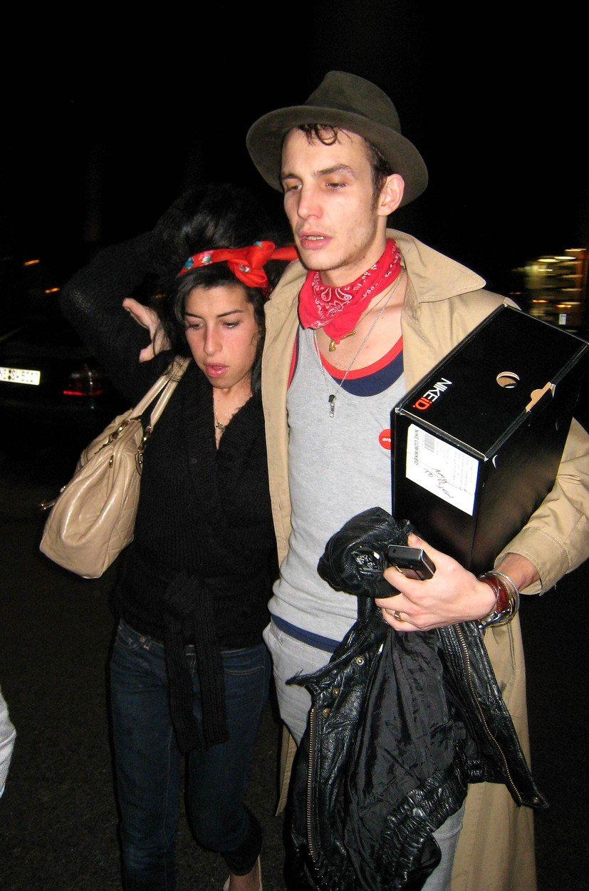 Fostul sot al lui Amy Winehouse, Blake Fielder, arata deplorabil