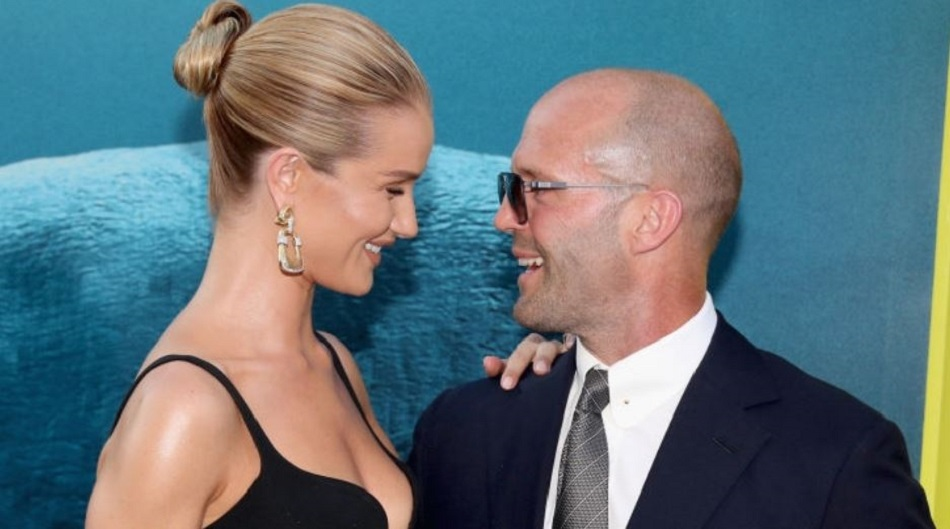 Jason Statham se insoara de Revelion cu Rosie Huntington-Whiteley