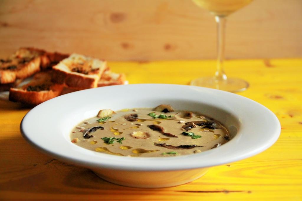 Cea mai delicioasa supa crema de ciuperci