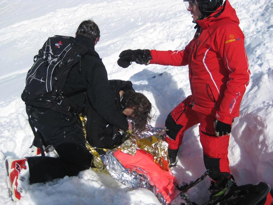 Femeia a murit 20 de minute, in timpul unei avalanse