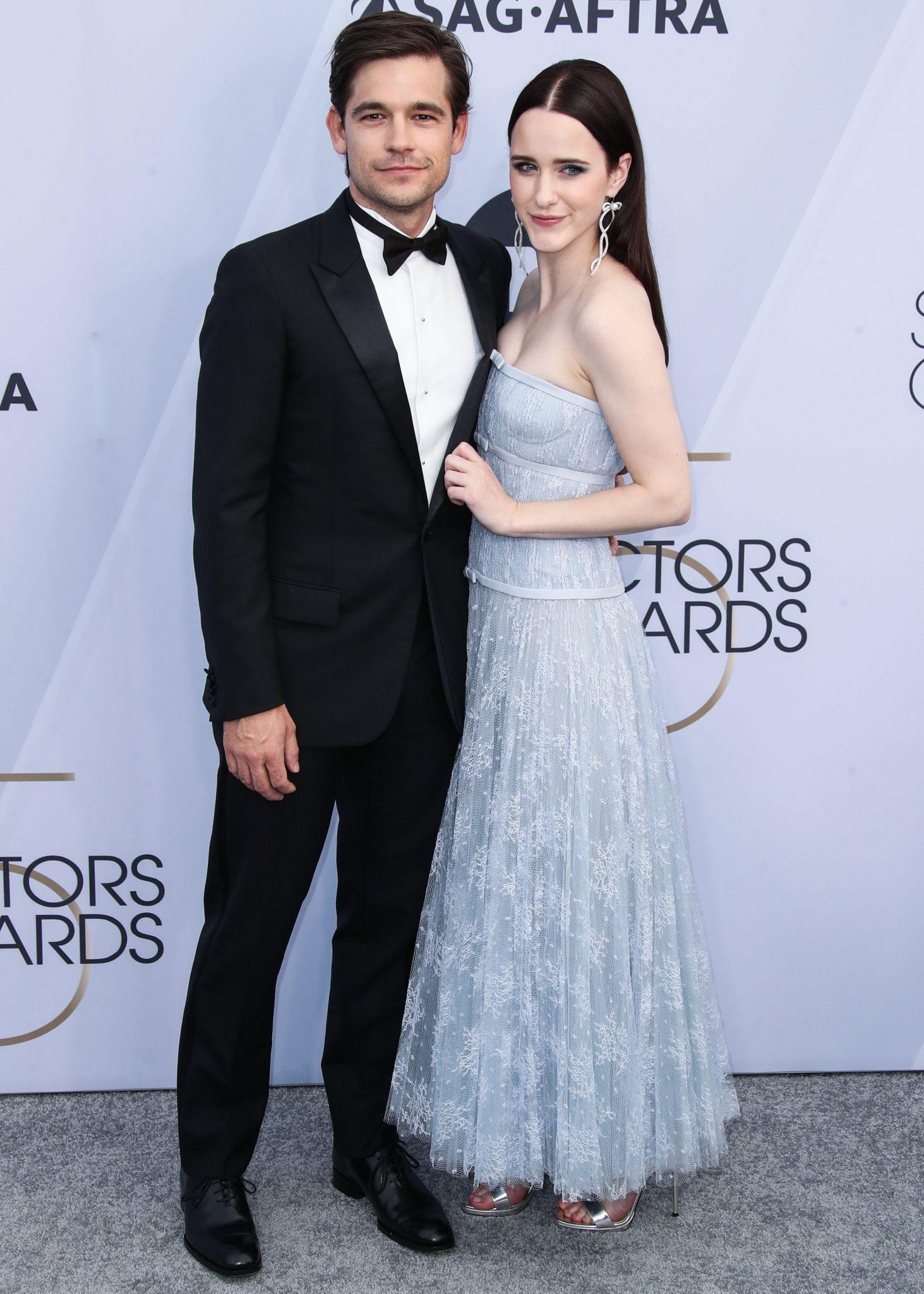 cupluri premiile sag 2019 Rachel Brosnahan si Jason Ralph