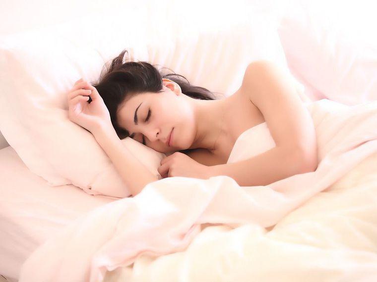 5 trucuri pentru a avea un somn odihnitor