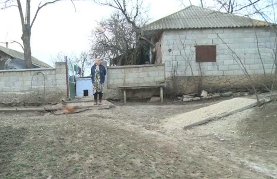 Satul fara nici un locuitor! Din ultimii 6 oameni, au fost ucisi 2, cu o saptamana in urma! E foarte trist