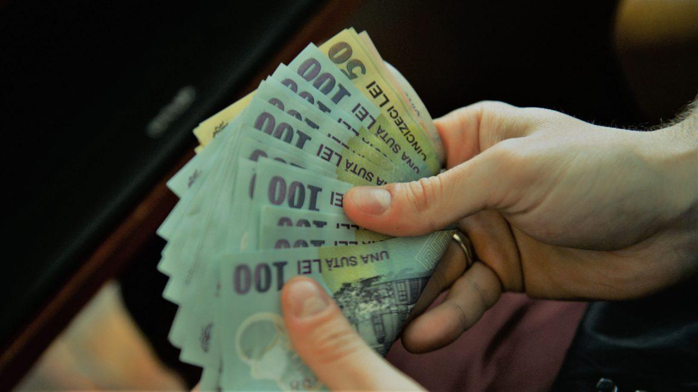 Bani pentru cresa copiilor. Cat aloca Statul pe luna, familiilor vulnerabile
