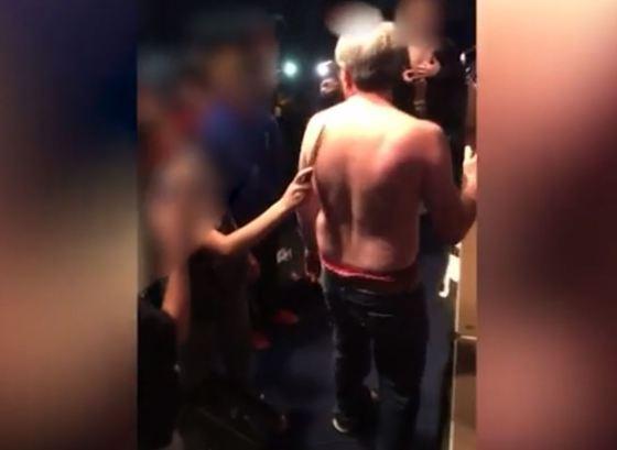 Preot, scuipat, batut si taiat de mai multi copii. Incidentul a avut loc in biserica VIDEO