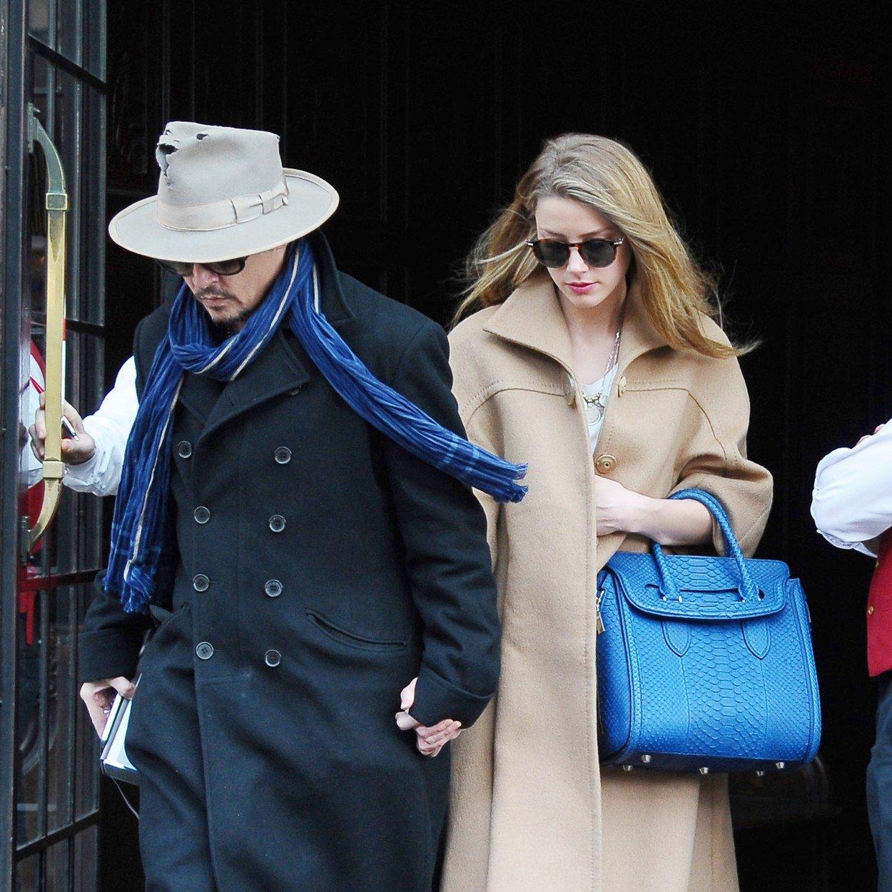 Scandalul dintre Johnny Depp si Amber Heard continua