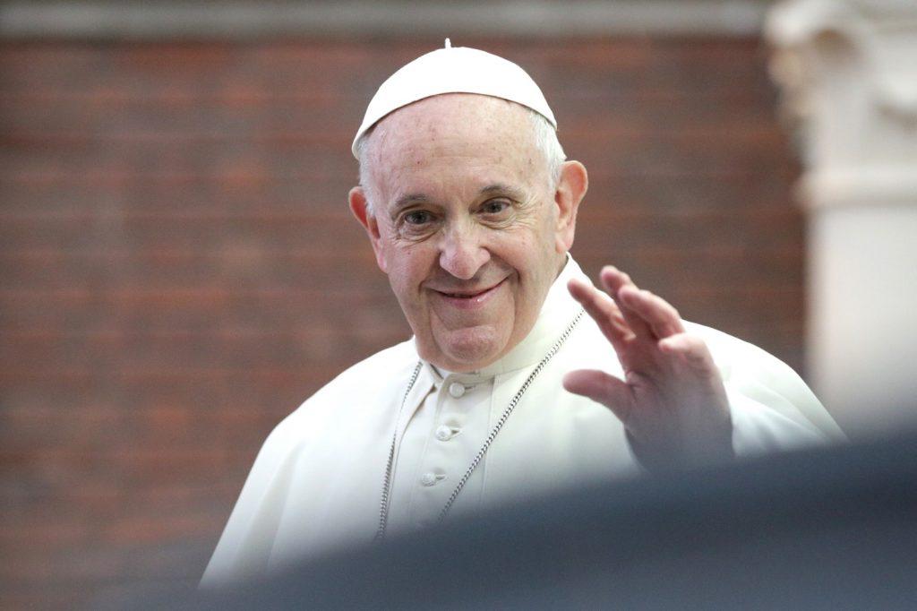 Cele mai tari imagini cu Papa Francisc în România