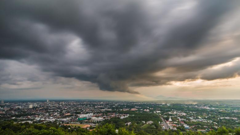 Cod galben de ploi torențiale în 39 de județe și în Capitală