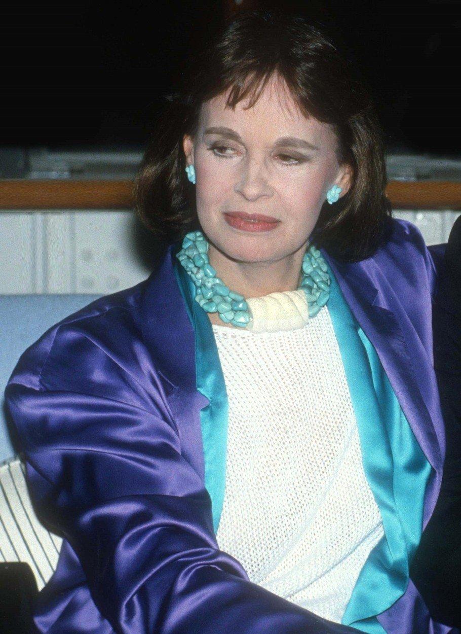 Gloria Vanderbilt a murit