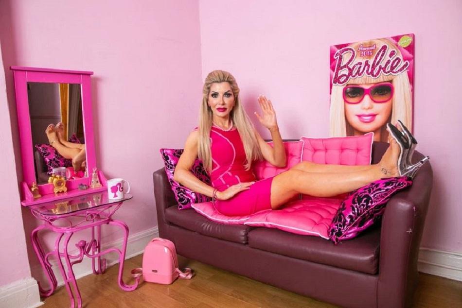 Barbie umana la 48 de ani
