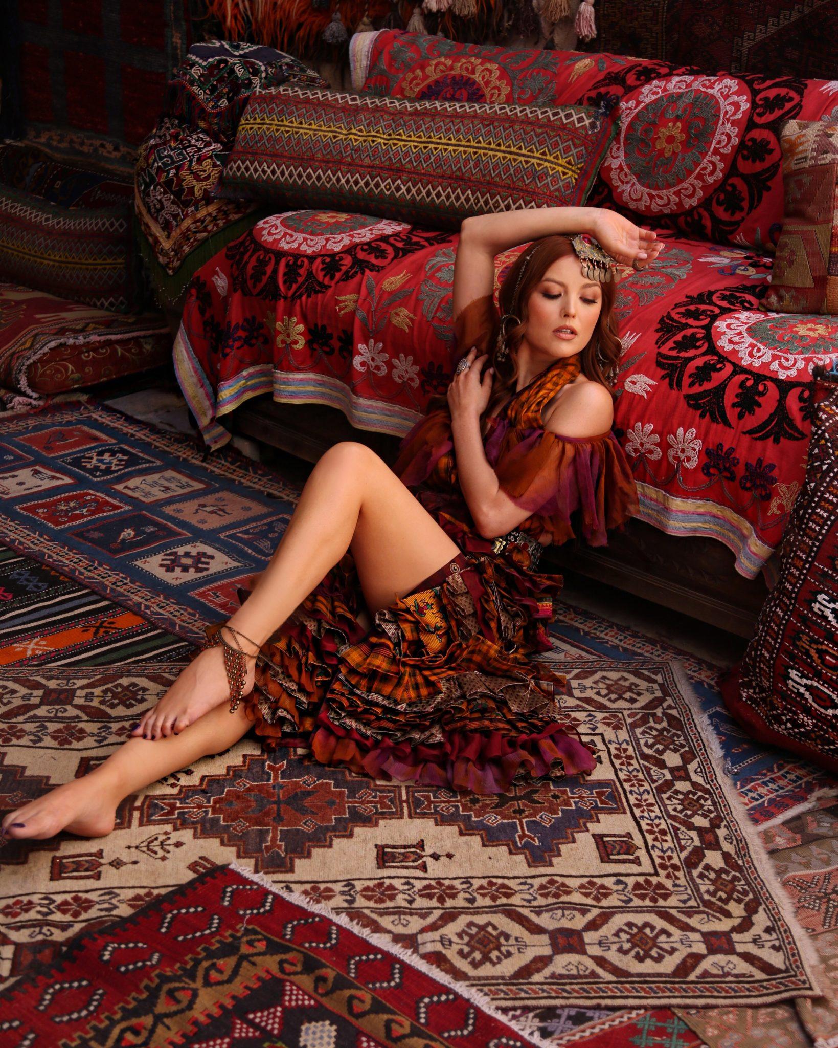 Elena Gheorghe videoclip de 5 stele in Turcia