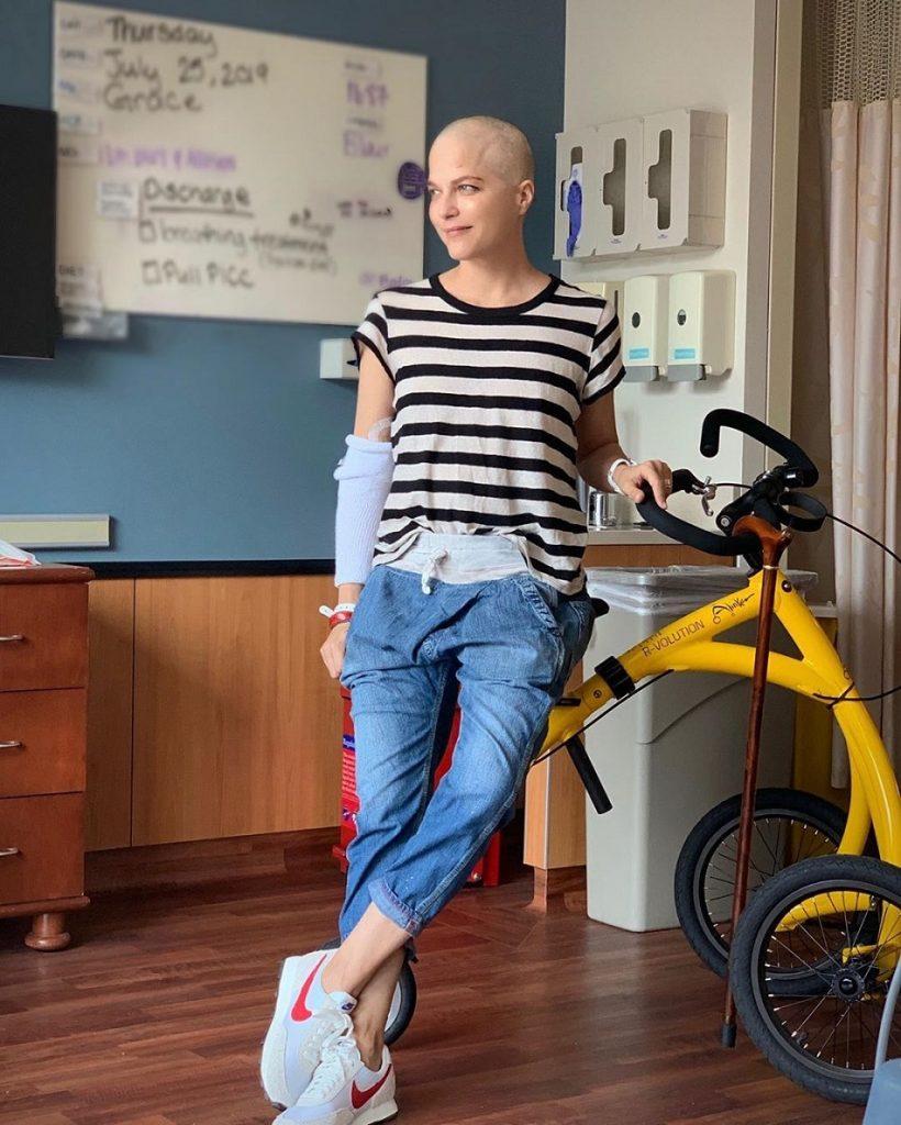Selma Blair arata infiorator, in lupta cu scleroza multipla