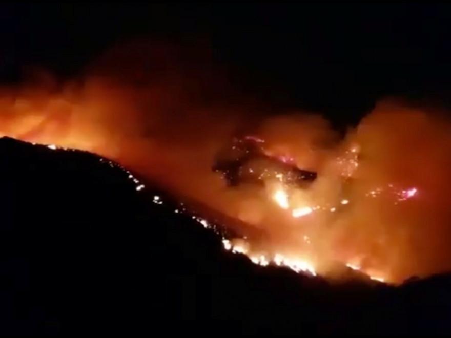 Aproximativ o mie de turiști au fost evacuați din insula Samos