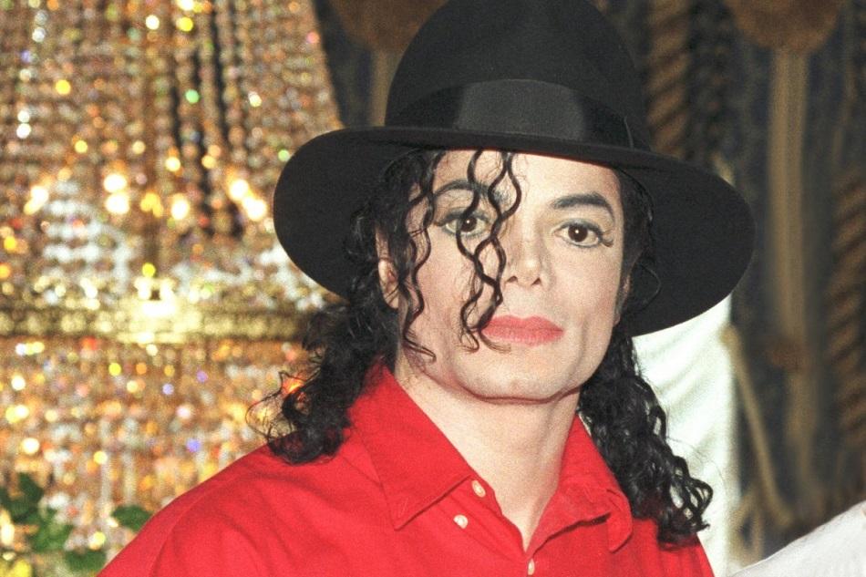 Michael Jackson ar fi implinit azi 61 de ani