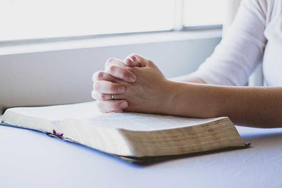 Aceasta este cea mai puternica rugaciune ca sa atragi banii