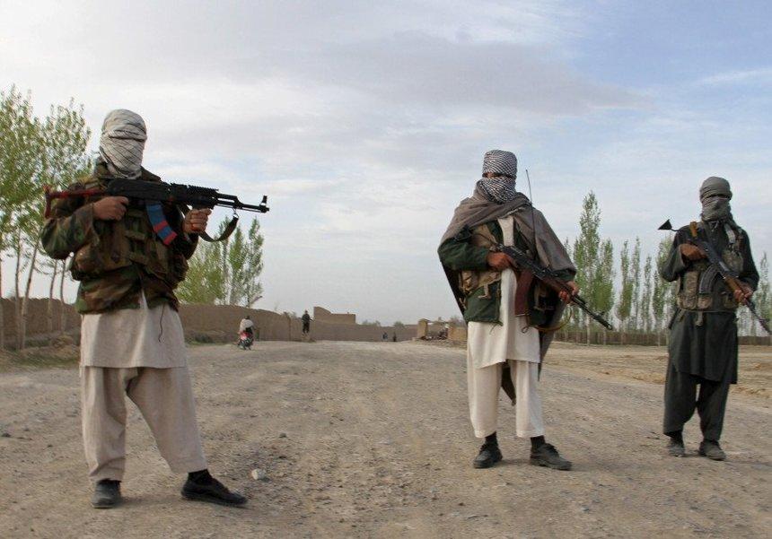 Şase jurnaliști au fost răpiţi de talibani