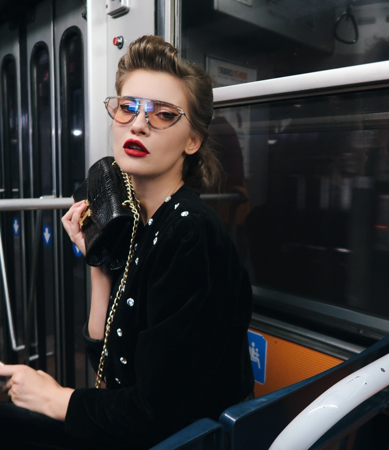 Iulia Albu, ochelari de 5000 de euro