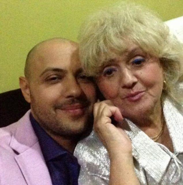 Mama lui Mihai Mitoseru este la pamant