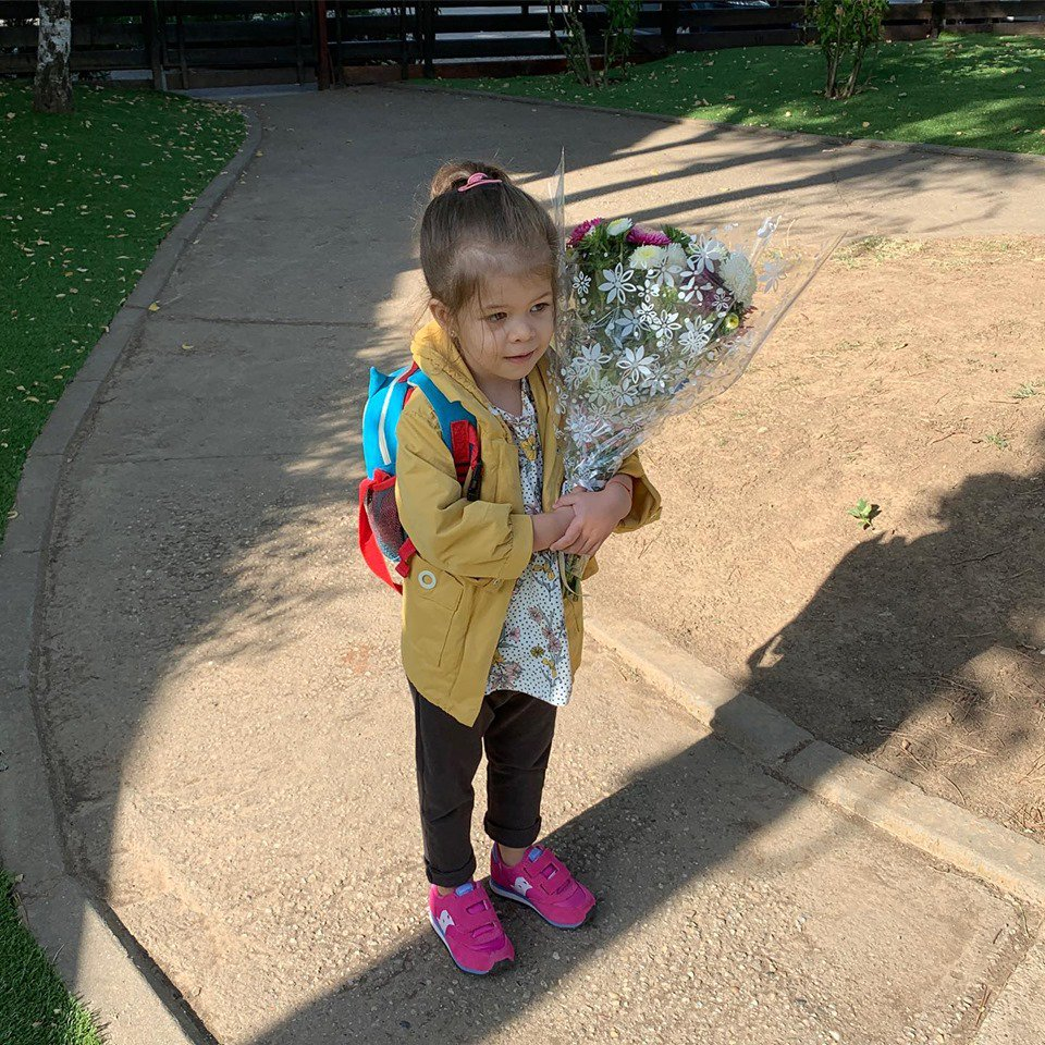 Simona Gherghe, probleme cu fiica sa in a doua zi de gradinita
