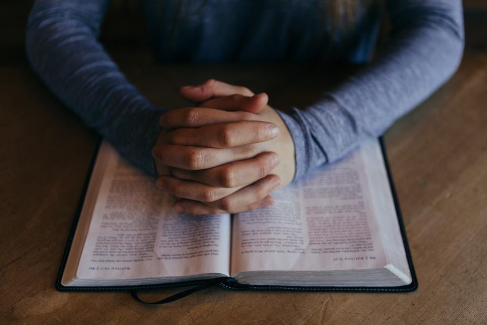 Rugăciunea care te ajută în cele mai dificile clipe