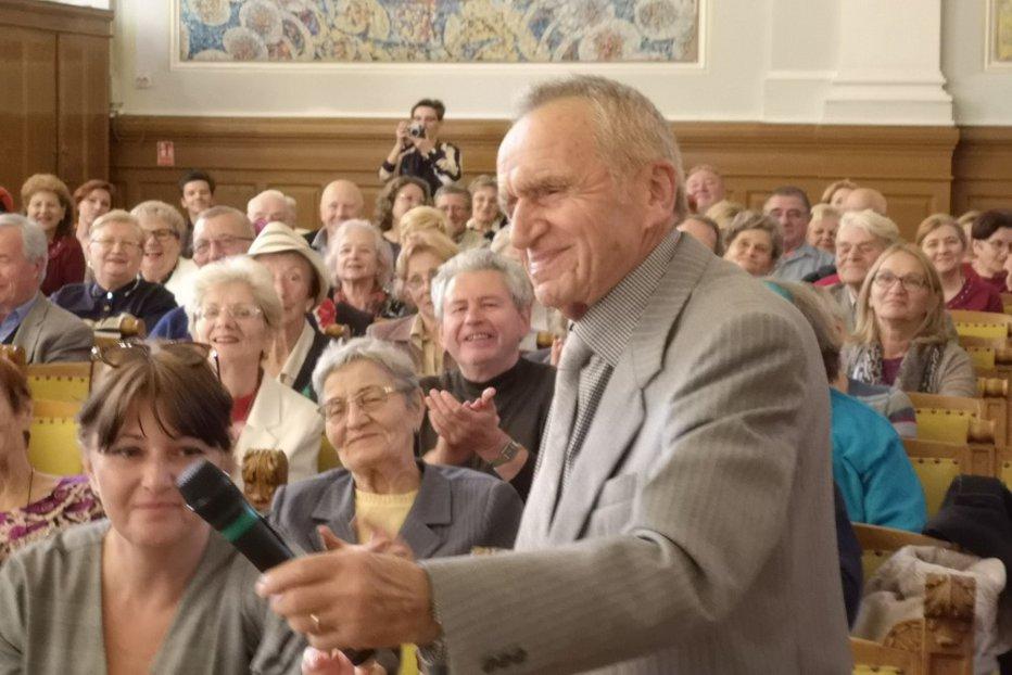 Student de 93 de ani la deschiderea Universității Vârstei a 3-a