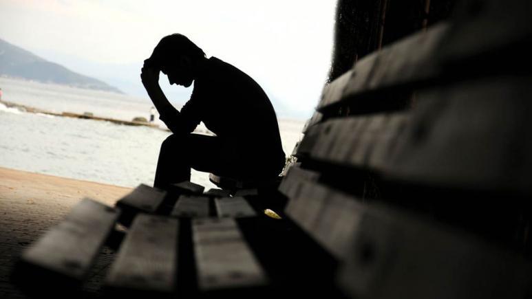 Unul din 10 români suferă de depresie